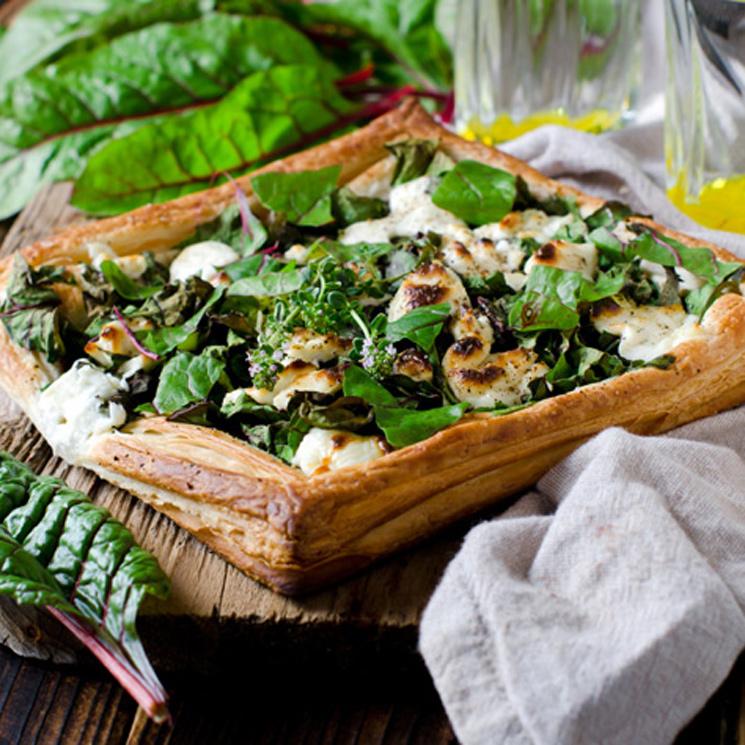 Hojaldre de espinacas, acelgas y 'mozzarella'