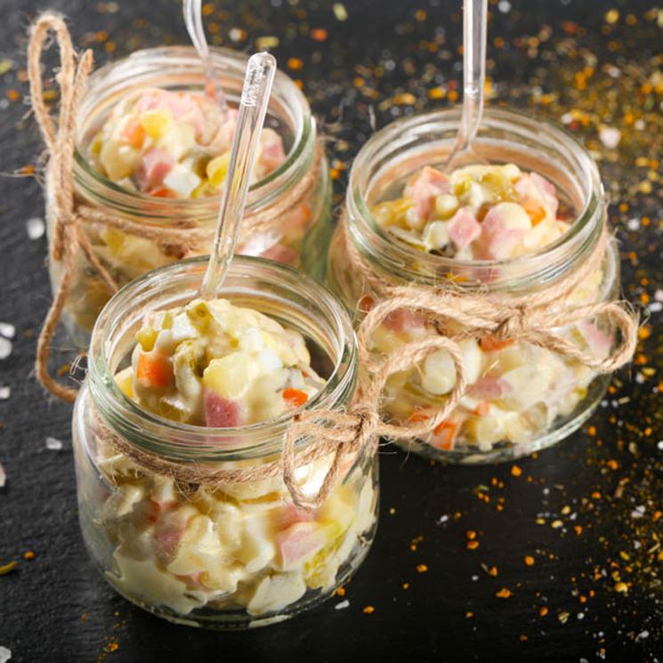 Tarritos de ensaladilla rusa con maíz