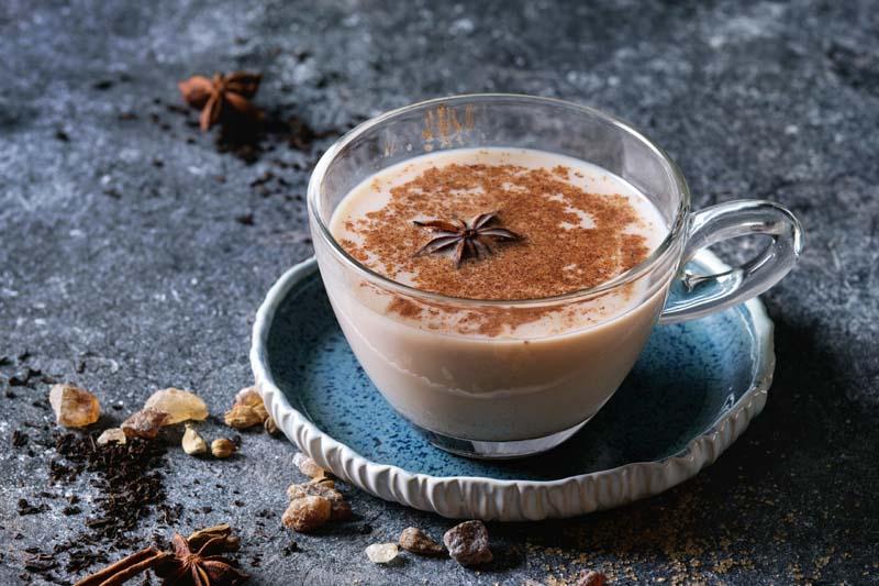 chai-latte-especiado-caliente