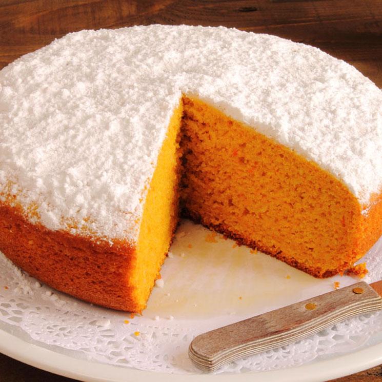 Bizcocho De Zanahoria Esta receta para tarta de zanahoria se puede usar también para hacer cupcakes o magdalenas. bizcocho de zanahoria