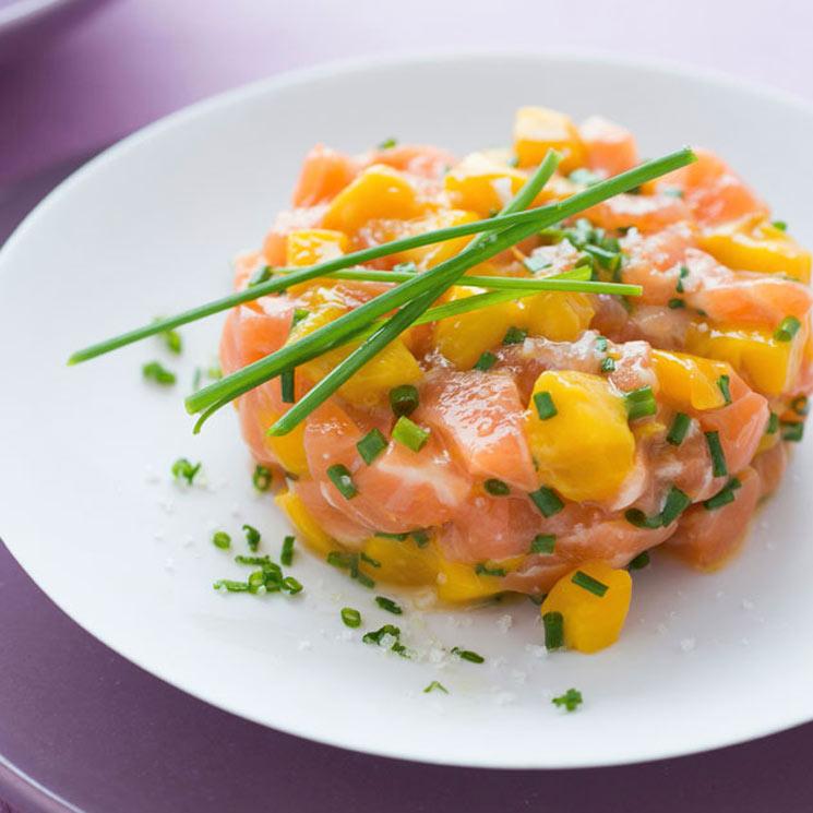 Tartar de salmón marinado y mango