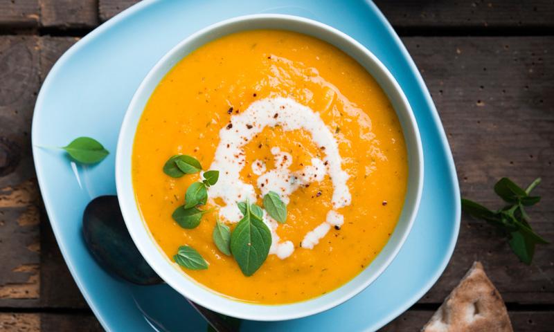 Crema de zanahoria con leche agria