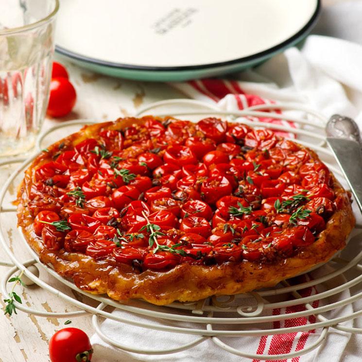 Tarta 'tatin' de tomates cherry