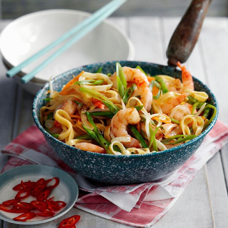 Wok De Noodles Con Gambas Y Verduras