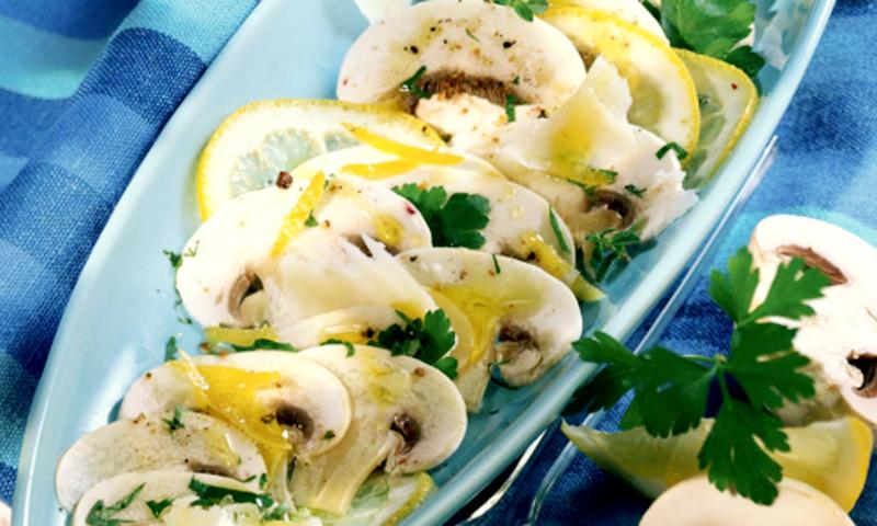'Carpaccio' de champiñones y limón