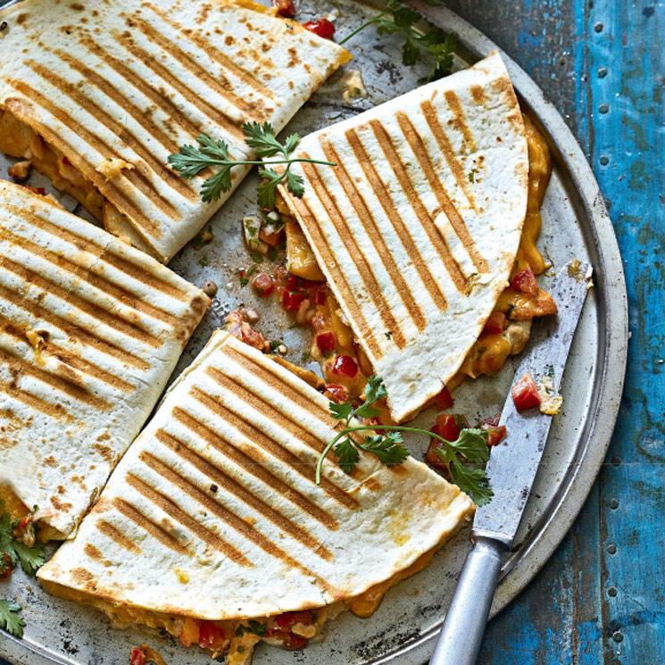 Tortillas Mexicanas De Pollo Y Pimientos