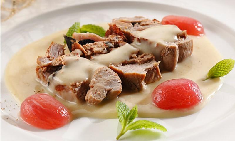 Solomillo de ternera blanca relleno de foie y trufa