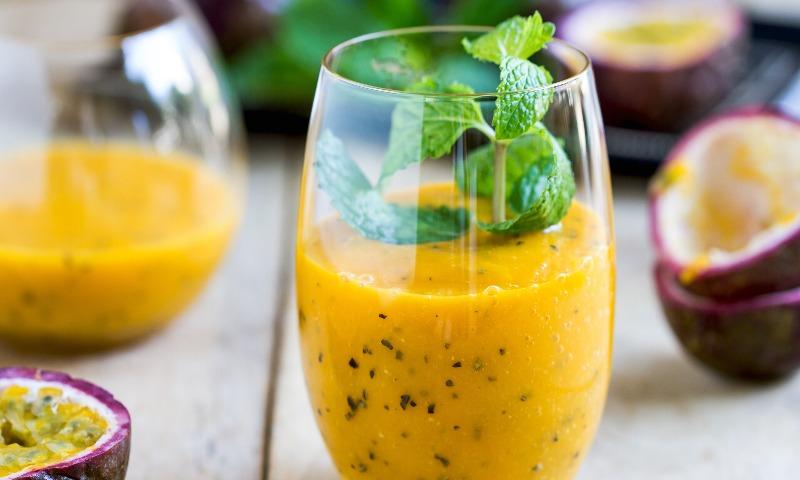 'Smoothie' de mango y fruta de la pasión