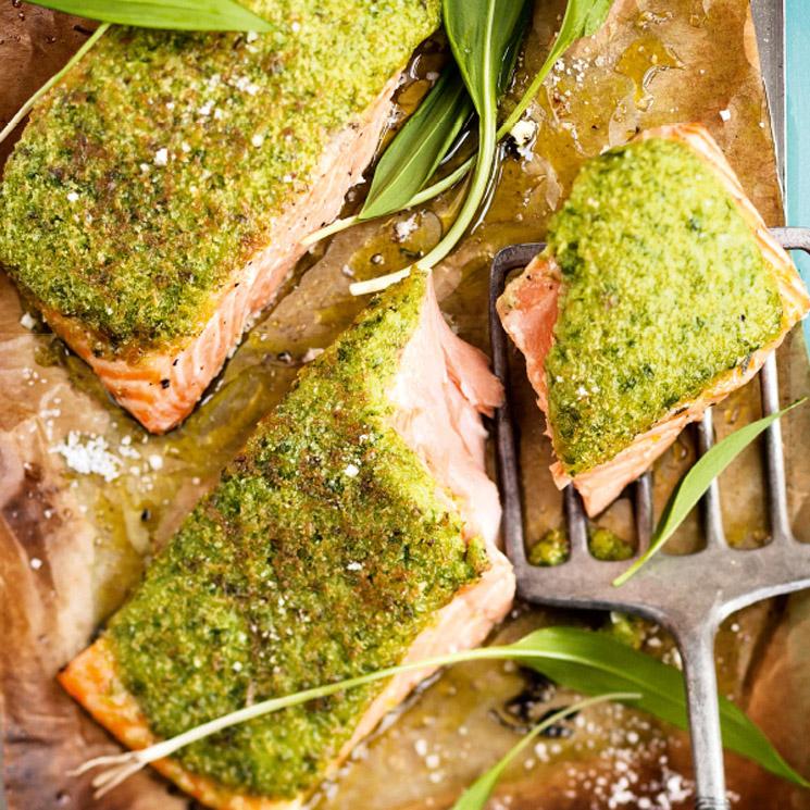 Salmón al horno con hierbas aromáticas
