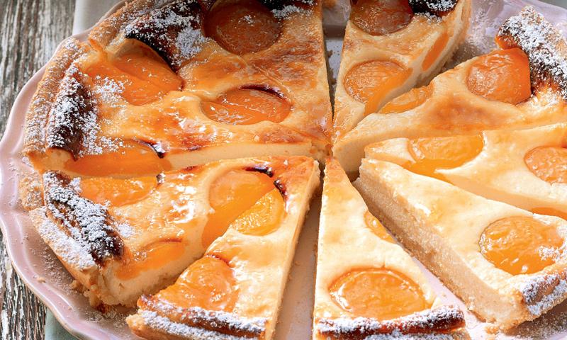 Tarta de queso y albaricoques