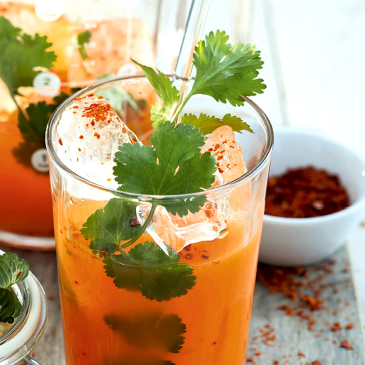 Zumo De Zanahoria Y Pina Zumo de zanahoria, manzana y apio. zumo de zanahoria y pina