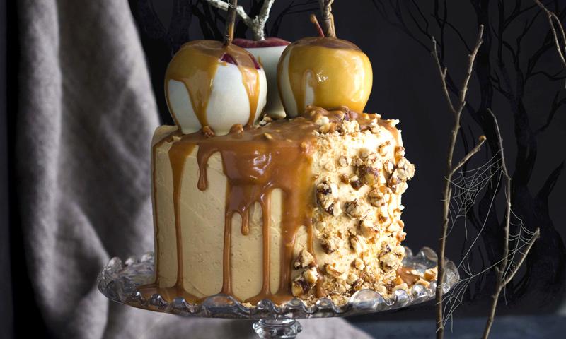 Tarta de Halloween de manzana y caramelo
