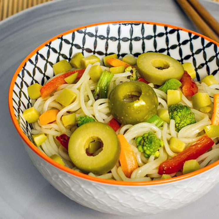 'Noodlles' templados con verduritas