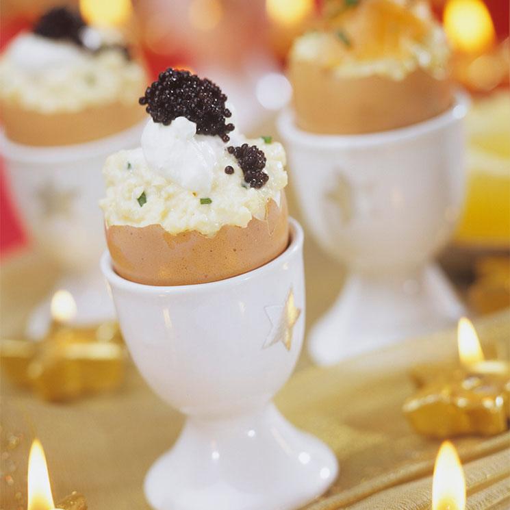 Huevos revueltos con 'crême fraîche' y caviar