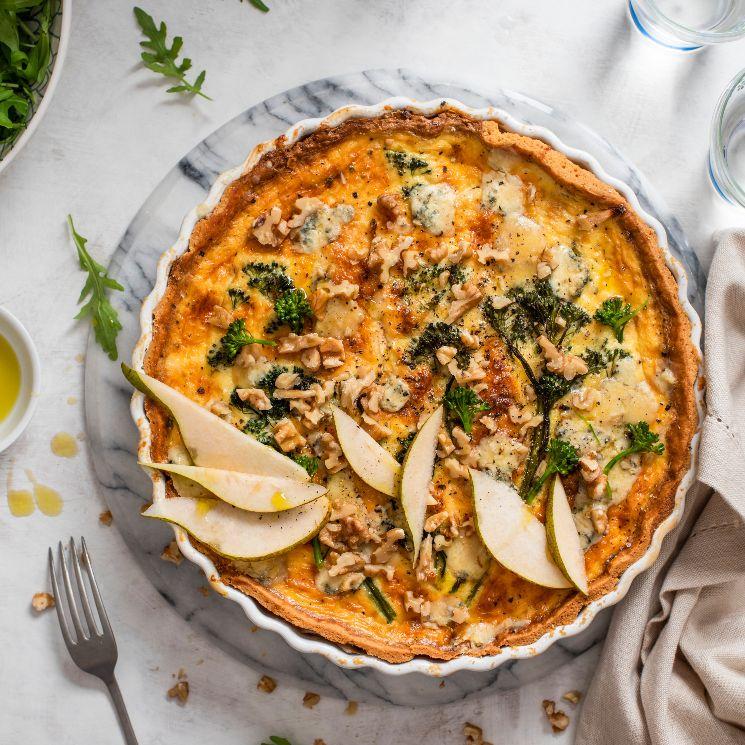 'Quiche' de queso azul con brócoli, pera y nueces