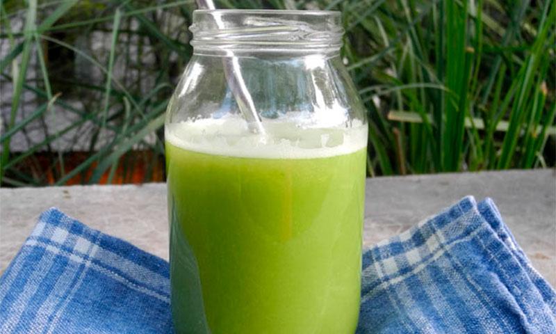 'Smoothie' verde con espirulina