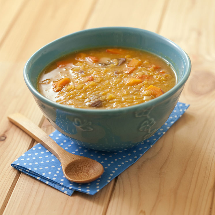 Lentejas naranjas al curry con verduras