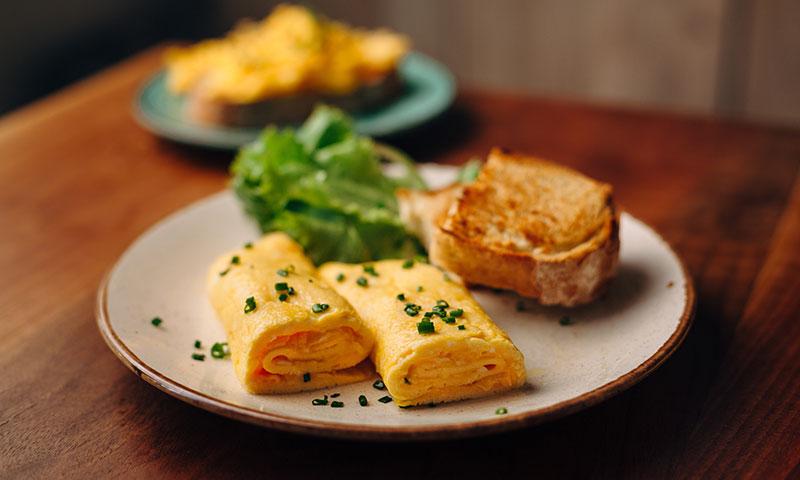 Así se hace la tortilla francesa más esponjosa