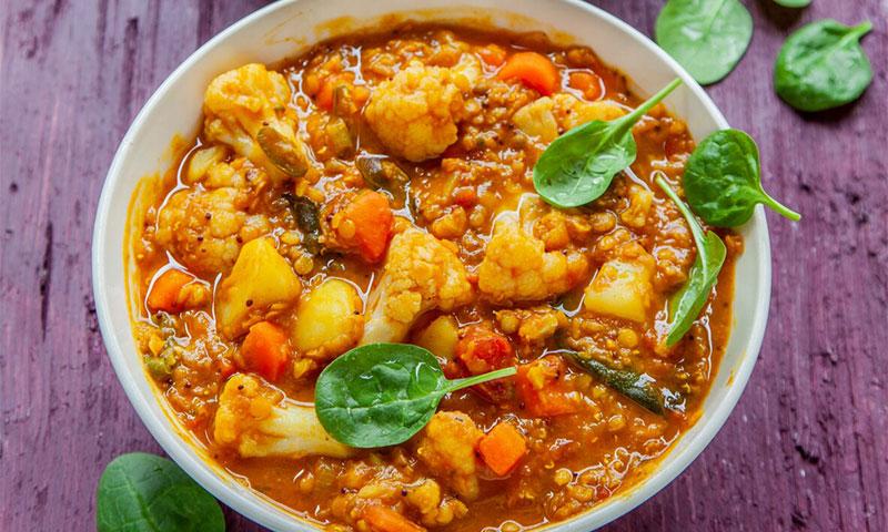 Curry de lentejas y coliflor con tamarindo