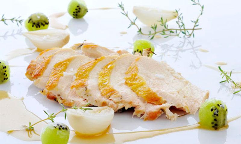 Pechugas de pollo asadas con kiwi