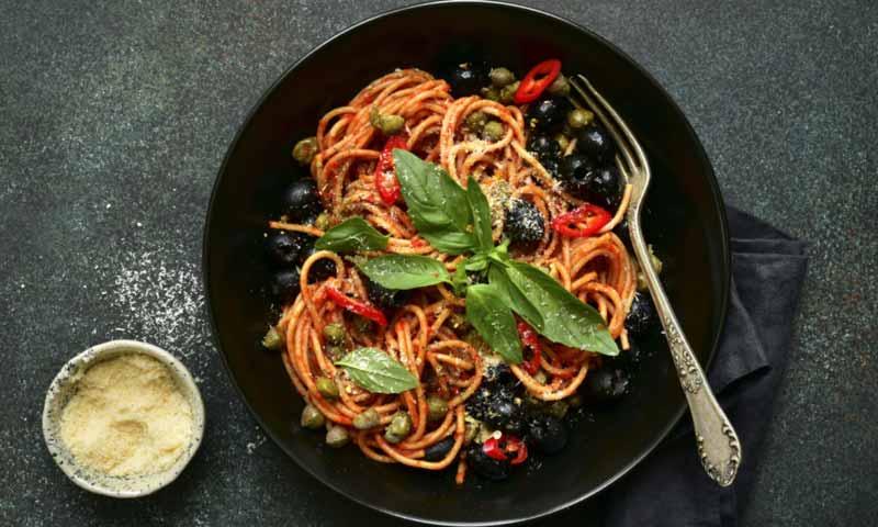 Espaguetis 'a la putanesca'