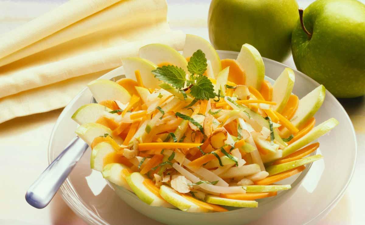 Manzana, zanahoria, menta y jengibre