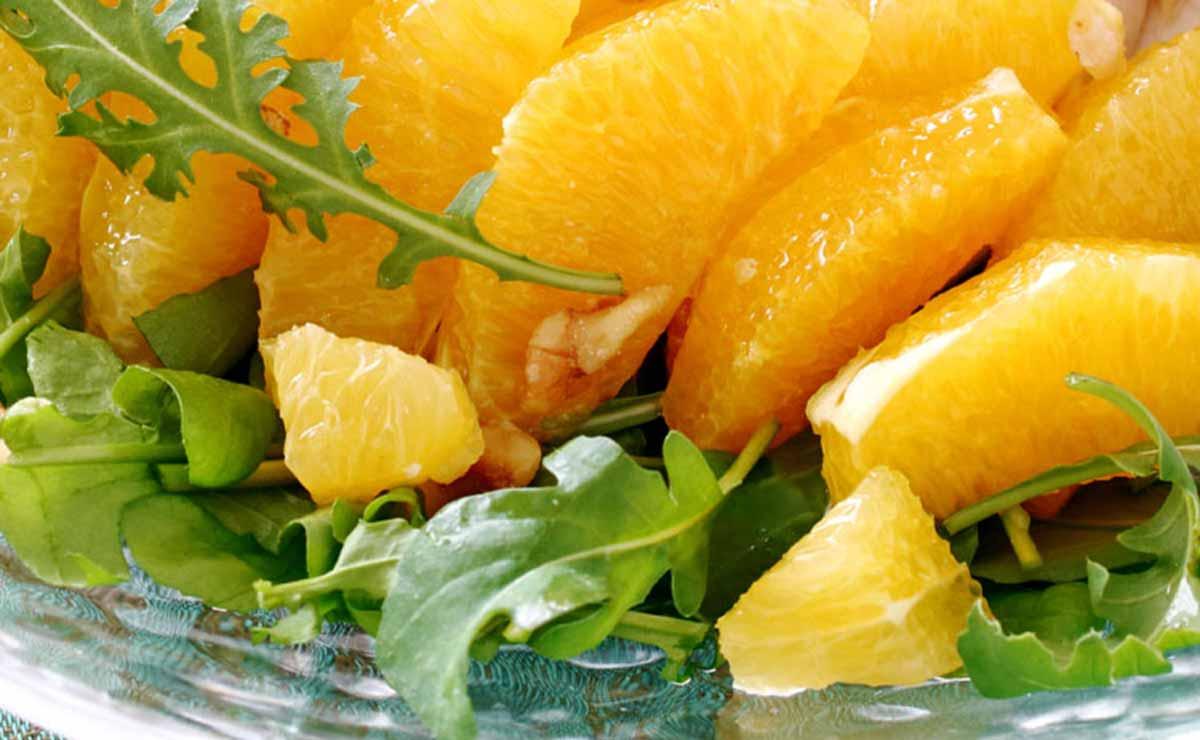 Rúcula con naranja