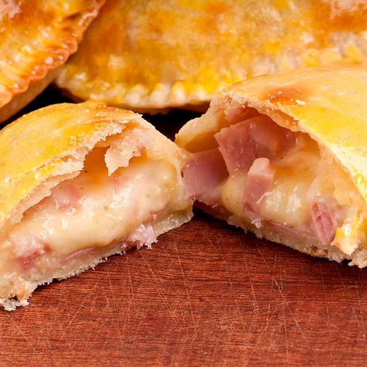 Empanadillas al horno de jamón York y queso