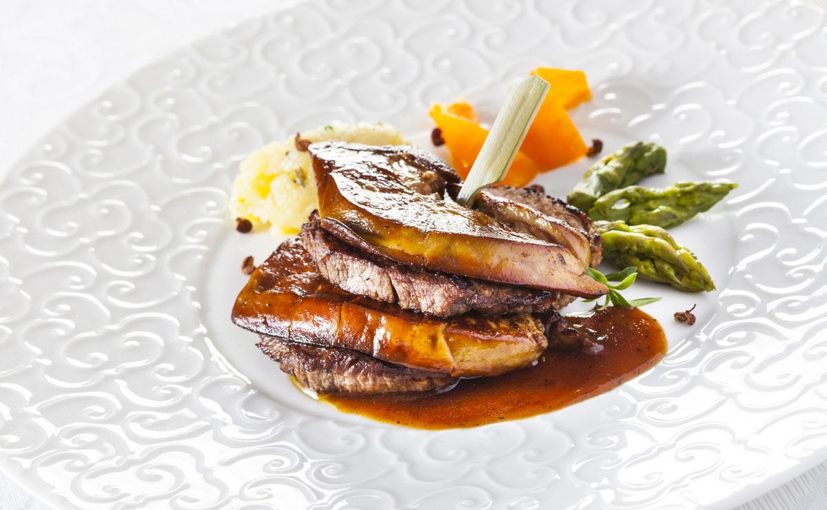 Solomillo de buey al vino de Oporto y 'foie-gras' fresco