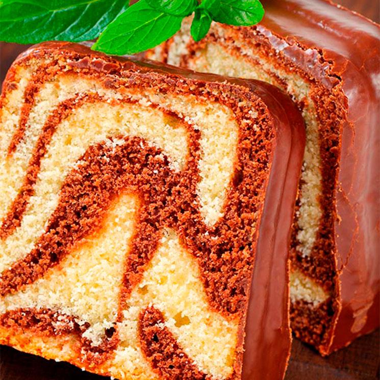 Bizcocho marmolado de chocolate y vainilla