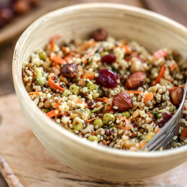 Ensalada de quinoa y avellanas