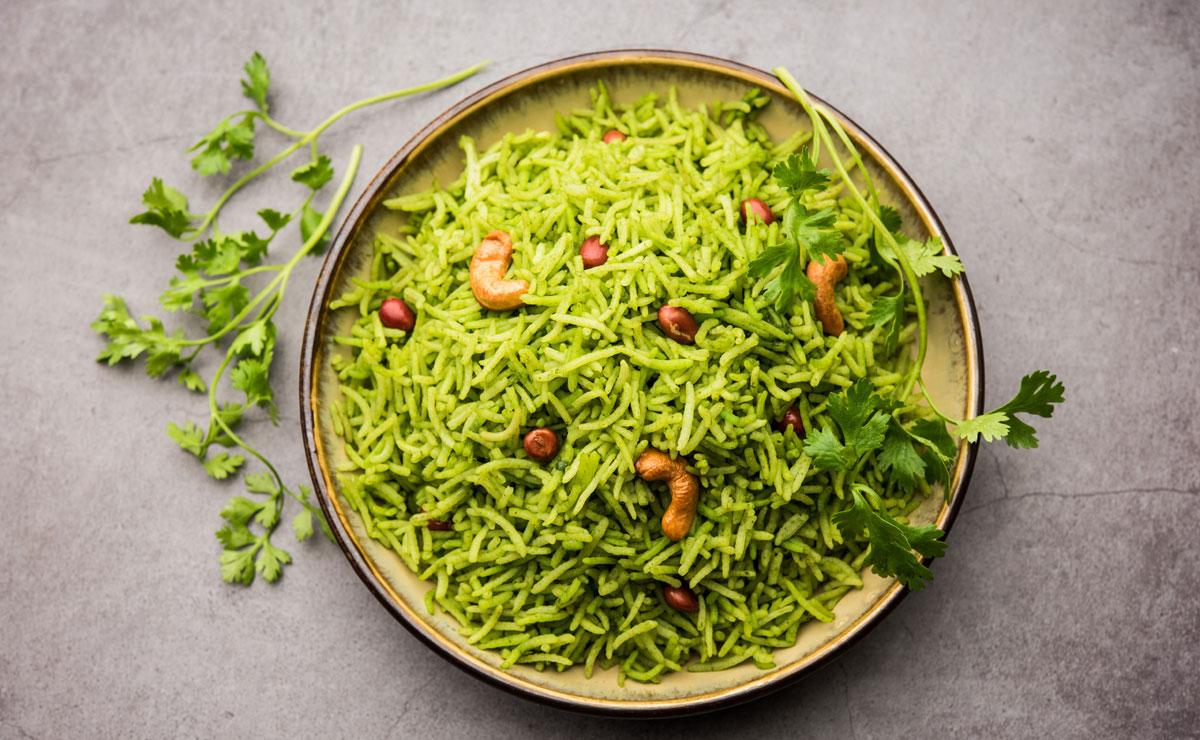 Arroz basmati al cilantro con anacardos y cacahuetes
