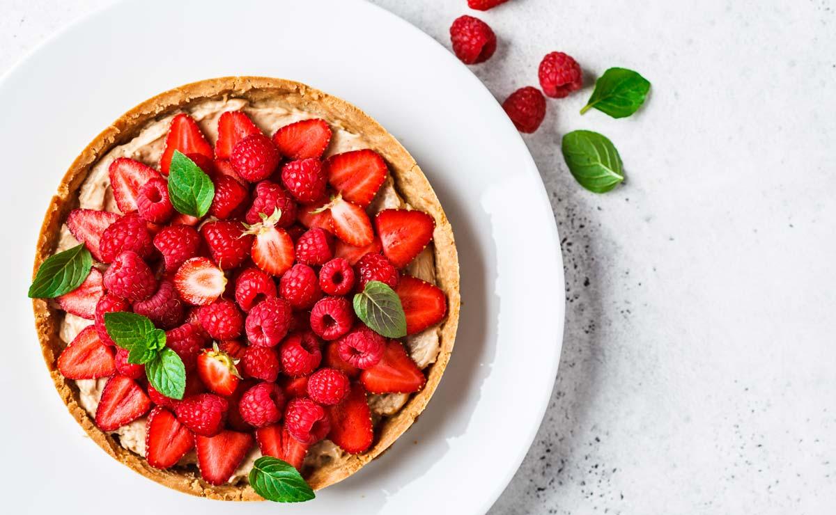 Tarta de frutos rojos y crema pastelera