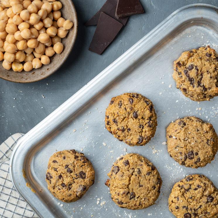 'Cookies' de garbanzos de bote, crema de cacahuete y chocolate