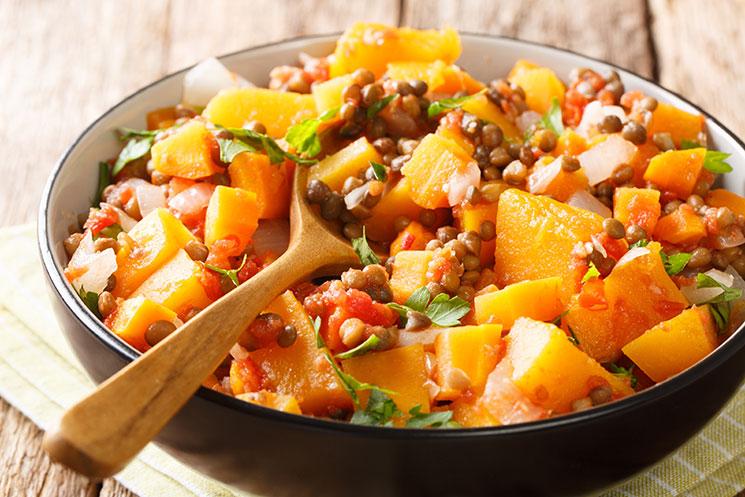 Estofado picante de verduras con lentejas