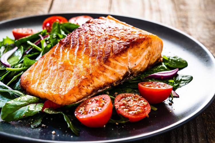 salmon-verduras