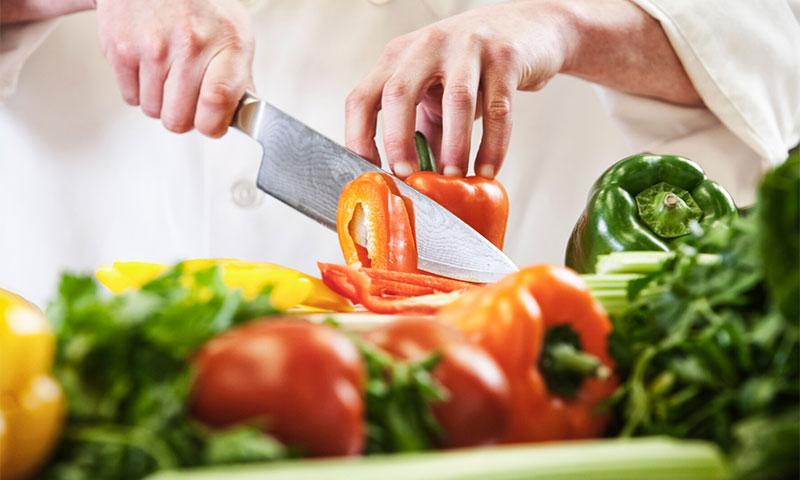 'Brunoise', 'concassé', 'mirepoix', 'juliana'... ¿conoces los principales cortes de verduras?
