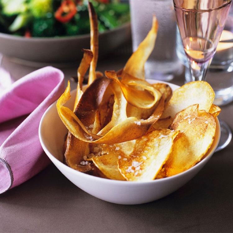 Chips de patata y chirivía