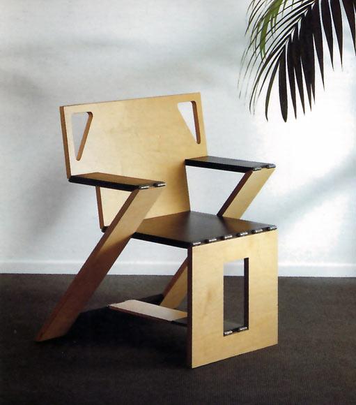 Una silla plegable de dise o foto 1 for Sillas de cocina de diseno