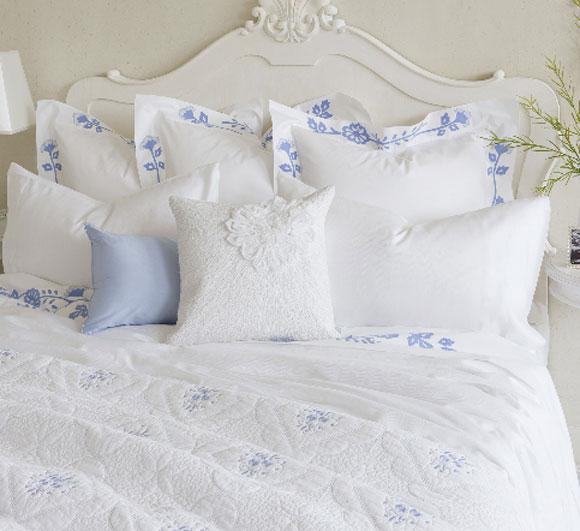 ¿Cómo vestir tu cama a la última?