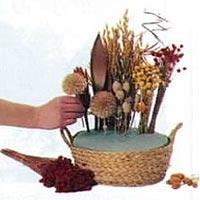 jarrones con flores secas