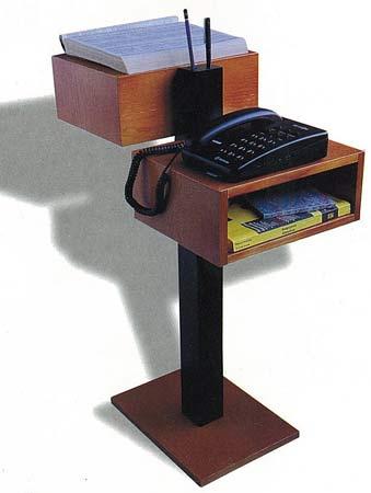 Un lugar ideal para situar el teléfono o la agenda