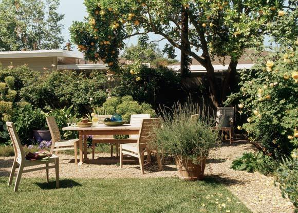 Muebles de exterior jard n porche o terraza foto 1 for Mobiliario madera jardin
