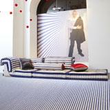 Jean Paul Gaultier, maestro de la aguja y... del diseño de muebles