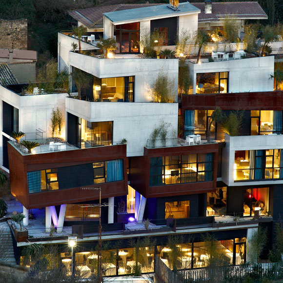 Hotel viura 39 sorpresa cubista 39 en el coraz n de la rioja for Hotel design genes