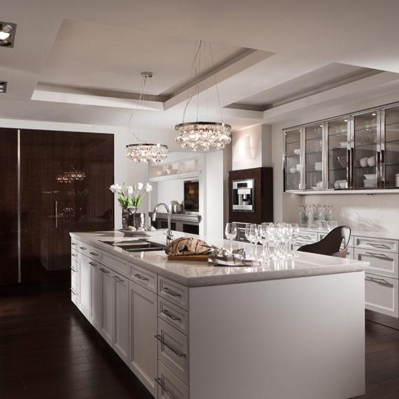 Encimeras de cocina gabinete de la cocina con encimeras for Cocinas gunni madrid