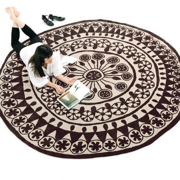 Nani marquina una pieza manual tiene el valor de lo imperfecto hecho paso a paso cuidando - Nani marquina alfombras ...