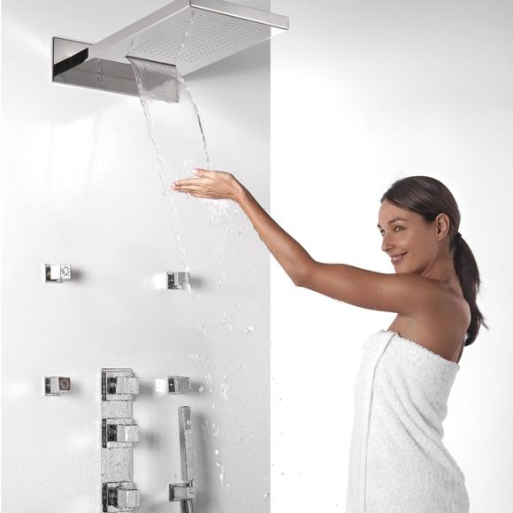 Grifer as para el ba o novedades y tendencias para una for Llave de ducha pared