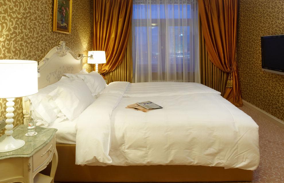 Lujo soviético en el Radisson Royal Hotel, de Moscú