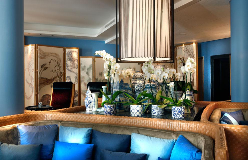 Una extraordinaria colecciu00f3n de porcelana azul de todo el mundo se ...